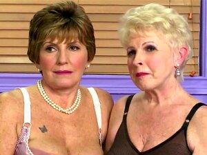 Entrevista Com Dois Grannys Em Lingerie Porn