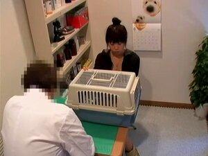 O Doce Japonês Pregado Com Força No Vídeo Da Câmara De Espionagem De Fetiche Médico, A Doce E Excitada Miúda Japonesa é Esmagada Com Força Pelo Seu Médico Neste Vídeo De Fetiche Médico E Fica Tudo Gravado Numa Câmara Escondida. Ela é Mais Do Que Incrível  Porn