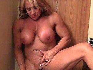 Li ' L Boneca Vibes Seu Clitóris Grande Porn