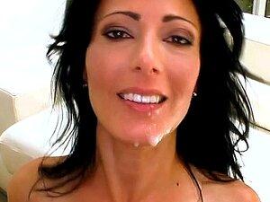 Então... E Aí Meng! Tenho Tenho Zoey Halloway E Ela é Muito Gata! Ela é Uma Milf Que Pode Manipular Praticamente Qualquer Coisa. Monstro Mesmo Tamanho Varas De Piscina. Rico Nosso Monstro Para O Dia Pode Jogar Bilhar Com O Pau Dele!!!! Zoey Não Sabe O Que Porn