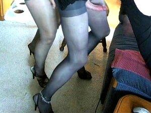 A Rapariga Excitada Fode Travestis Com Cinta. Porn