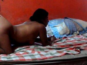 Mulher Latina Ordinária Traindo Marido Com Amante (webcam) Porn