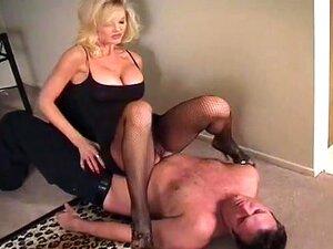 Adoradores De Pés De Demandas Linda Dominadora Porn