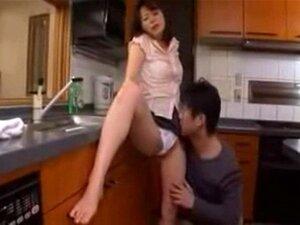 Mãe Japonesa E Não Seu Filho. Porn
