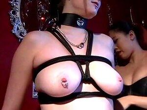 Mamas Grandes E Mamilos Piercing No Calabouço - Dungeon VIP Porn