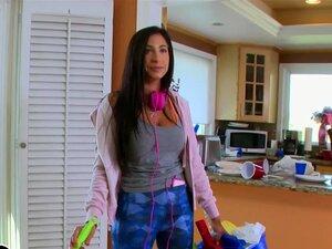 Stacy Jay Limpa Os Canos De Chris Stroke. Porn