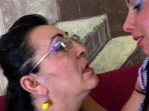 Vovó, Ferrada Pelo Aliado De Lesbo S Neta Juvenil, Porn