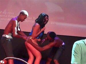 MC Magrinho Arrepiando Em Baile FUNK Porn