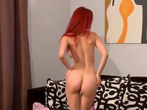 Gata Ruiva Sexy Ariel Tem Uma Entrevista Com Silvia Saint Porn