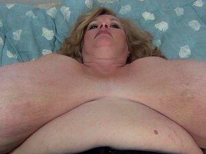Peituda Loira BBW Milf Jiggles Que Dela Gigante Big Boobs Suzie Tem Tetas De Monstro Porn