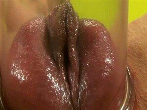 Hottie Pêssego Inchado Com Bomba De Buceta Porn
