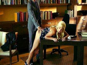 Ruiva Loira Marota Fodida Pelo Terapeuta Porn