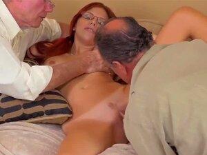O Velho Hd Da Primeira Vez Que Frannkie E O Bando Fazem Uma Viagem Para Baixo Porn