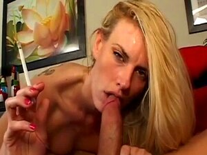 MILF Loira Quente Darryl Hanah Fumando BJ Porn