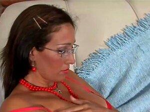 A MILF Latina Adora Pilas Grandes No Rabo. Vê Esta MILF Latina Adora Pilas Grandes No Rabo Dela Anal Para Veres Porn