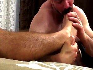 Cole Obtém Adoradores De Pés De Dolan Grande Musculoso E Peludo Porn