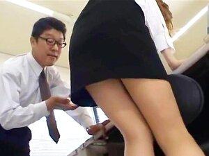 Secretária Asiática De Tóquio Com Leite Bum Porn