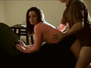 Incrível Morena Amadora, A Fumar Um Vídeo Da Xxx, Porn