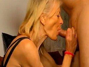 Alemã Magra Gilf Está Pronto Para Uma Boa Foda Porn