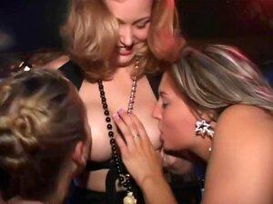 Raparigas De Festa A Sério No Bar, Porn