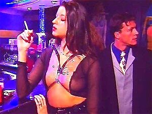 Vídeo Com Babes Fetiche Vestida De Látex E Foda Anal Masculina Porn