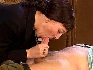 Ótimo Vídeo De Velhos Vs Jovens Sexuais Encontros, Várias Garotas Olha Grandes Estão Ficando Pregadas Este Velho Vs Filme Vintage Jovem. Porn