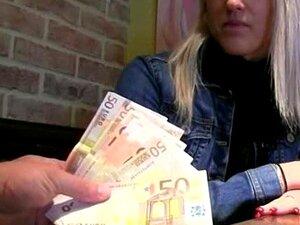 Garota Checa Que Beata Comeu E Jizzed Com Estranho Por Dinheiro Porn