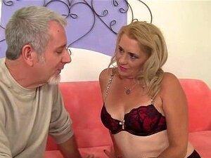 Mulher Madura Chupando E Fodendo Porn