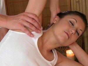 Docinho De Massagem Euro Repuxa Seu Massagista, Europeia Massagem Gata Gozar Dela Massagista Antes Do Sexo Porn
