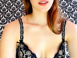 A Adolescente Mais Bonita De Olhos Azuis Já Apanhada No Cam. Porn
