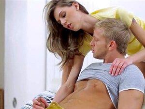 Hawt Gostosa Transa Com O Namorado, Login Para A área De Membros Do Hawt Modelo Copulando Com O Namorado Porn