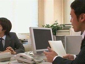 Dois Caras Foda E Creampie Aiko Hirose No Escritório Porn