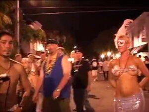 Mulheres Mais Velhas Fica A Bunda Nua No Carnaval Porn