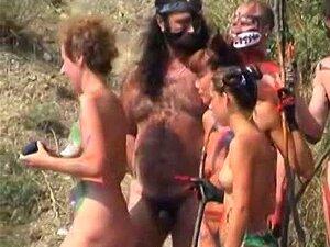 Hippie Quente Nudista Filhotes Praia Voyeur Vid Porn