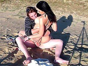 POV Boquete E Sexo Na Praia Com Namorada Morena Sexy Porn