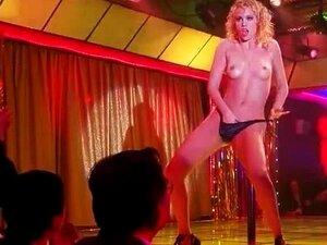 Gina Gershon, Elizabeth Barkley E Rena Riffel - Cena De Nudez De Dançarinas Porn