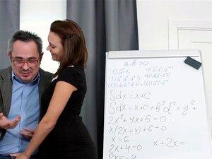 Antigo Professor Complicado - Nataly Vamos Jogar Complicado Velho Professor Porn