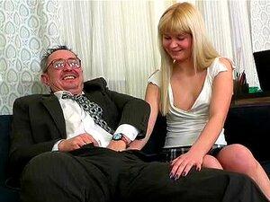 Linda Garota Adora Pau Grande Porn