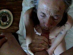 Esta Cabra Velha Bêbada Queria Chupar E Foder O Meu Pau. Porn
