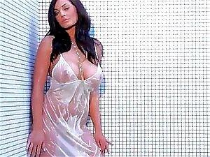 Kendall Rayanne Veste Seu Vestido Branco No Chuveiro Porn