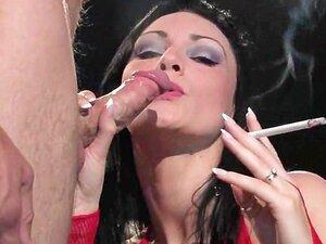 Fumar Durante A Visualização Do Sexo Porn