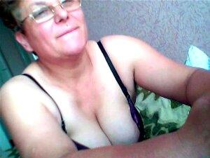 Uma Velha De 50 Anos Excitada. Mulher De 50 Anos Excitada Porn