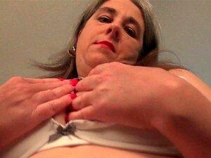 Milf Americana Kelli Brinca Com Sua Buceta Peluda Em Nylon Porn
