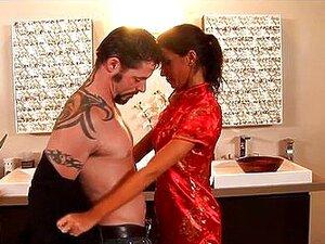 Tatuada Massagem Nuru De MILF Alyiah Stone Porn