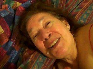 A Avó Mexicana Adora Chupar Pilas E Jogar W Porn