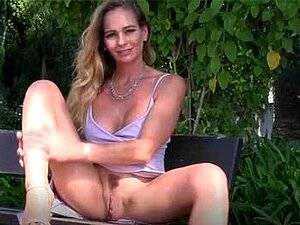 Flashes Loiros De Mamocas Portuguesas E Brincar Com Ratas Porn
