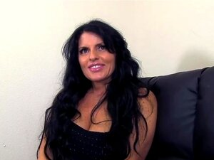 Vídeos Pornô De POVWars Real Amador POV MILF Jade Chupa E Fode 5 Completos Estranhos. Tipo 1 Porn