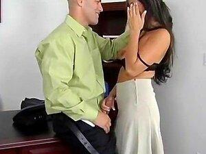 Secretária Fazendo Sexo Com O Patrão Porn