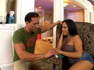 Cougars Asiáticos - Cena 4 Porn