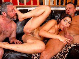 Valentina Nappi Humilhando O Marido Corno Porn